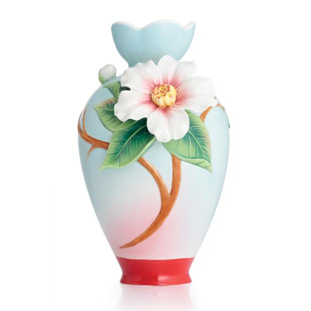 法蓝瓷 玉茗春喜 山茶花小花瓶