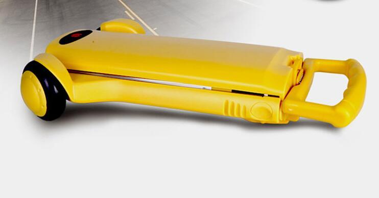 黄色变形金刚迷你折叠拉杆车